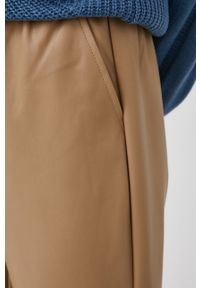 only - Only - Spodnie. Kolor: beżowy. Materiał: materiał