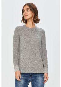 Szary sweter Calvin Klein długi, na co dzień