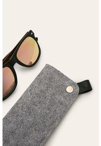 Wielokolorowe okulary przeciwsłoneczne medicine prostokątne