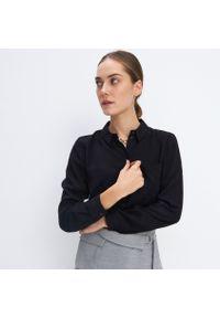 Mohito - Wiskozowa koszula Eco Aware - Czarny. Kolor: czarny. Materiał: wiskoza
