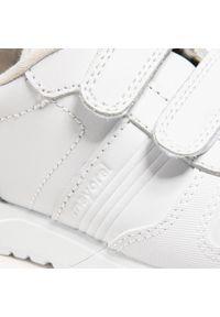 Mayoral - Sneakersy MAYORAL - 40.231 Blanco 37. Okazja: na co dzień. Zapięcie: rzepy. Kolor: biały. Materiał: skóra. Szerokość cholewki: normalna. Styl: casual