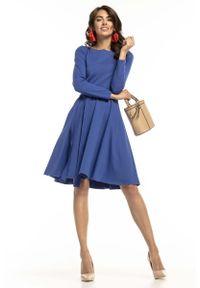 Tessita - Chabrowa Dzianinowa Rozkloszowana Sukienka z Paskiem. Kolor: niebieski. Materiał: dzianina
