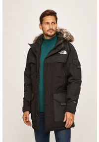 Czarna kurtka The North Face z kapturem