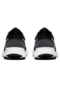 Buty męskie do biegania Nike Revolution 5 BQ3204. Okazja: na co dzień. Materiał: materiał, guma. Szerokość cholewki: normalna. Model: Nike Revolution. Sport: fitness
