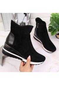 Botki damskie sneakersy na koturnie czarne Vinceza. Kolor: czarny. Materiał: skóra ekologiczna. Szerokość cholewki: normalna. Obcas: na koturnie