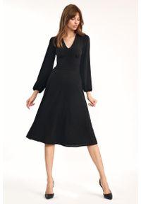 Nife - Czarna Elegancka Midi Sukienka z Bufiastym Rękawem. Kolor: czarny. Materiał: elastan. Styl: elegancki. Długość: midi