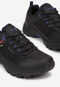 Born2be - Czarno-Niebieskie Buty Trekkingowe Ephekea. Nosek buta: okrągły. Kolor: czarny. Materiał: softshell, materiał. Szerokość cholewki: normalna. Wzór: aplikacja