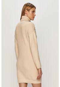 Beżowy sweter TALLY WEIJL casualowy, z aplikacjami, z golfem, na co dzień