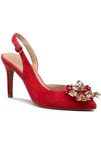 Czerwone sandały Alma En Pena