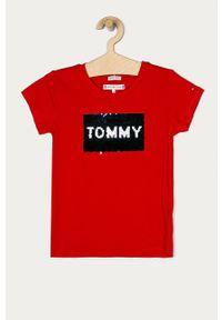 Czerwona bluzka z krótkim rękawem TOMMY HILFIGER z aplikacjami, na co dzień, casualowa