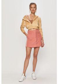 Różowa spódnica adidas Originals casualowa, z aplikacjami