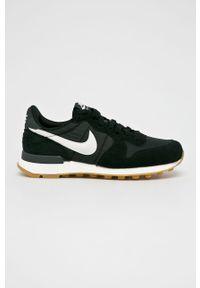 Czarne buty sportowe Nike Sportswear na obcasie, na średnim obcasie, na sznurówki, z cholewką