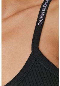 Czarna sukienka Calvin Klein Jeans mini, gładkie, na ramiączkach, casualowa