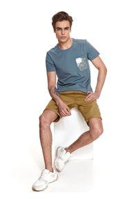 TOP SECRET - T-shirt z nadrukiem. Okazja: na co dzień. Kolor: niebieski. Materiał: tkanina, bawełna. Długość rękawa: krótki rękaw. Długość: krótkie. Wzór: nadruk. Sezon: lato. Styl: casual #6