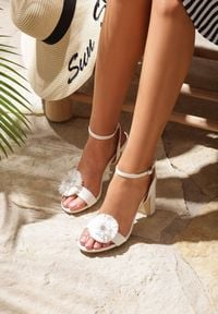 Renee - Białe Sandały Contemporary. Kolor: biały