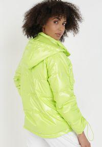 Zielona kurtka przejściowa Born2be