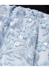 SELF PORTRAIT - Sukienka z haftowanymi kwiatami. Okazja: na imprezę. Kolor: niebieski. Materiał: koronka. Wzór: kwiaty, haft. Typ sukienki: rozkloszowane. Styl: elegancki