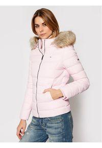 Różowa kurtka puchowa Tommy Jeans