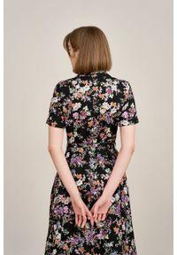 Marie Zélie - Sukienka Marina Belleza czarna. Kolor: czarny. Materiał: bawełna, wiskoza, materiał. Sezon: lato. Typ sukienki: szmizjerki
