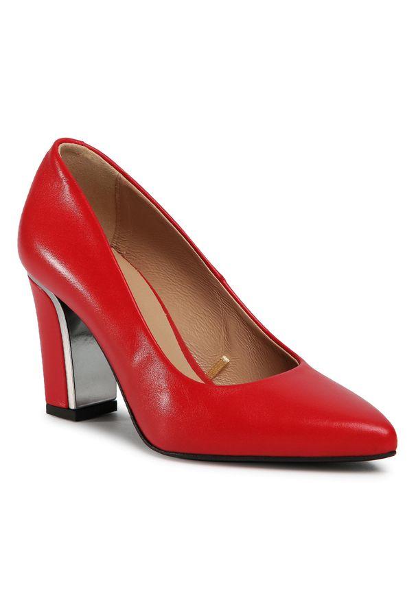 Czerwone czółenka Wojas eleganckie, z cholewką