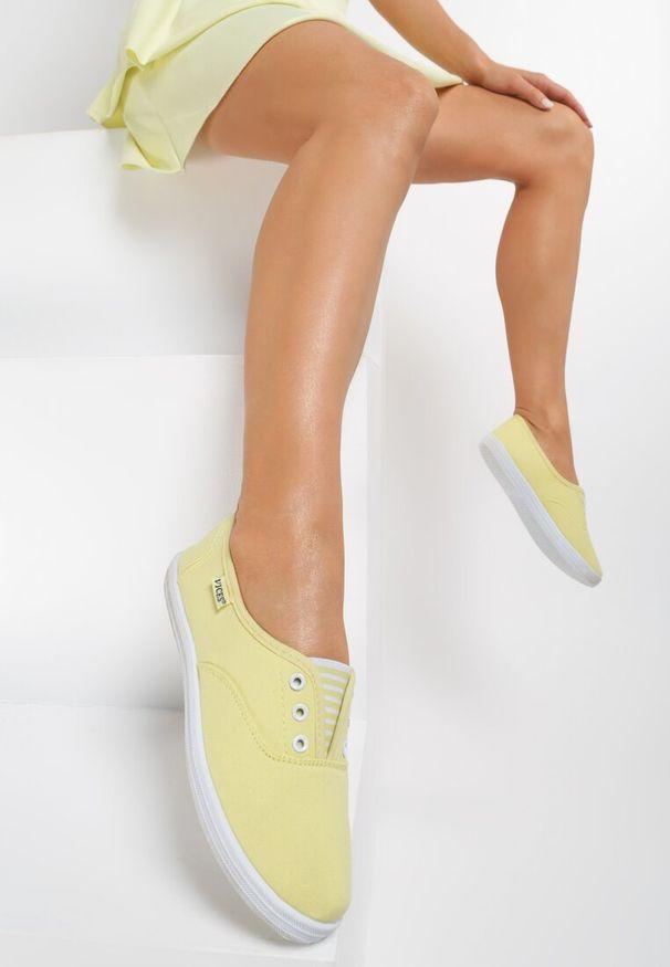 Żółte tenisówki Renee