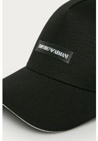 Czarna czapka z daszkiem Emporio Armani z aplikacjami