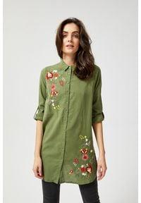 MOODO - Długa koszula z kwiatowym haftem. Materiał: bawełna. Długość rękawa: długi rękaw. Długość: długie. Wzór: haft, kwiaty