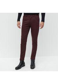 Fioletowe spodnie Reserved
