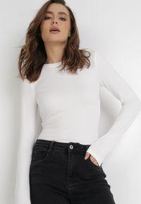 Born2be - Białe Body Maerane. Kolor: biały. Materiał: jeans. Długość rękawa: długi rękaw. Długość: długie. Styl: klasyczny