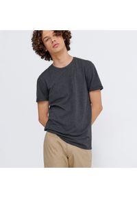 House - Melanżowa koszulka basic - Czarny. Kolor: czarny. Wzór: melanż