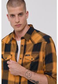 Wrangler - Koszula bawełniana. Typ kołnierza: kołnierzyk klasyczny. Kolor: brązowy. Materiał: bawełna. Styl: klasyczny