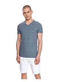 TOP SECRET - T-shirt krótki rękaw męski w paski, w prążki. Typ kołnierza: dekolt w serek. Kolor: niebieski. Materiał: tkanina, len. Długość rękawa: krótki rękaw. Długość: krótkie. Wzór: paski, prążki. Styl: klasyczny