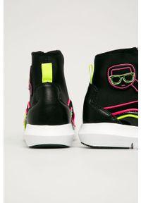Czarne buty sportowe Karl Lagerfeld z okrągłym noskiem, z cholewką, na obcasie, na średnim obcasie