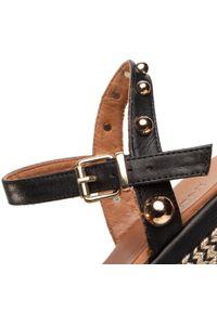 Czarne sandały Inuovo casualowe, z aplikacjami