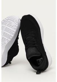 Czarne sneakersy DC na średnim obcasie, na obcasie