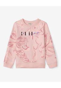 Kenzo kids - KENZO KIDS - Pastelowa bluza z wyszywanym logo 2-14 lat. Kolor: różowy, wielokolorowy, fioletowy. Materiał: bawełna. Długość rękawa: długi rękaw. Długość: długie. Wzór: nadruk, aplikacja, kolorowy. Sezon: lato. Styl: klasyczny