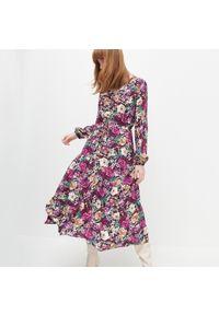 Sukienka Reserved w kwiaty