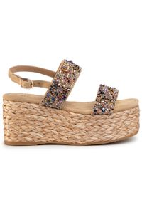 Brązowe sandały Alma En Pena z aplikacjami