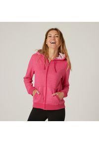 NYAMBA - Bluza na zamek z kapturem fitness. Typ kołnierza: kaptur. Kolor: różowy. Materiał: bawełna, poliester, materiał, elastan. Wzór: ze splotem. Sport: fitness