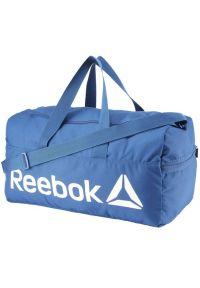 Niebieska torba sportowa Reebok w kolorowe wzory, na fitness i siłownię