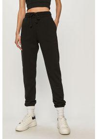 Czarne spodnie dresowe Haily's melanż