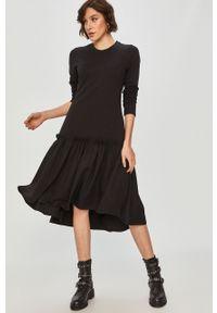 Czarna sukienka Answear Lab na co dzień, prosta, mini, wakacyjna