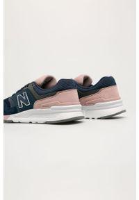 Niebieskie buty sportowe New Balance na średnim obcasie, z cholewką, na obcasie, na sznurówki