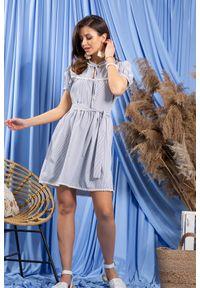 e-margeritka - Sukienka bawełniana rozkloszowana niebieska - niebieski, s. Kolor: niebieski. Materiał: bawełna. Długość rękawa: krótki rękaw. Typ sukienki: rozkloszowane. Styl: elegancki