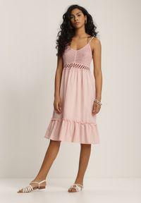 Renee - Jasnoróżowa Sukienka Ariereida. Typ kołnierza: dekolt w kształcie V. Kolor: różowy. Materiał: bawełna, koronka. Długość rękawa: na ramiączkach. Wzór: jednolity. Typ sukienki: rozkloszowane. Długość: mini