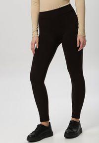 Born2be - Ciemnobrązowe Legginsy Aegabel. Kolor: brązowy. Materiał: tkanina. Wzór: gładki