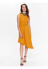 Żółta sukienka TOP SECRET maxi, casualowa, na co dzień