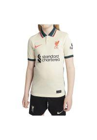 Koszulka dla dzieci Nike Liverpool FC Stadium DB2566. Typ kołnierza: polo. Materiał: materiał, poliester. Długość rękawa: krótki rękaw. Technologia: Dri-Fit (Nike). Długość: krótkie