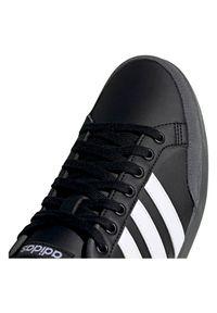 Adidas - Buty męskie adidas Caflaire FV8553. Okazja: na co dzień. Zapięcie: pasek. Materiał: guma, zamsz, materiał. Szerokość cholewki: normalna. Wzór: paski