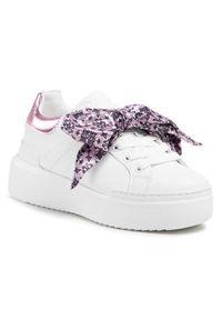 Białe sneakersy Pollini